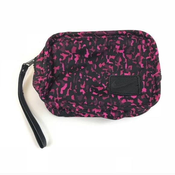 Nike Handbags - Nike Wristlet Makeup Travel Clutch Pink Black Camo
